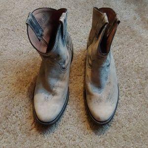 Steve Madden Autry boots